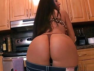 Lusty Richelle Ryan Is Pounded On The Kitchen Desk